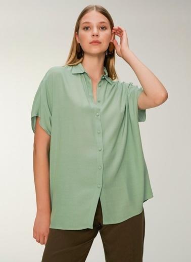 NGSTYLE Kadın Oversize  Gömlek NGKSS20GM0029 Yeşil